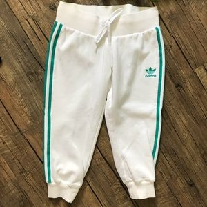 Adidas: White Capris Pants with Green Striped